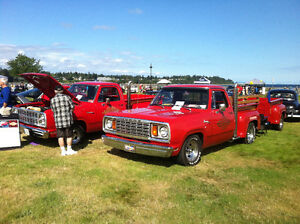 RED EXPESS TRUCK & YES A RED EXPRESS TRAILER!!!!