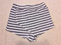 Boohoo Striped Skort Size 8