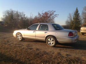 2009 Crown Victoria LX for sale.