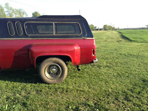 1974 Chevrolet C/K Pickup 3500 dually BOX