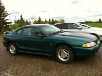 1996 Ford Mustang Coupe (2 door) low km great condition