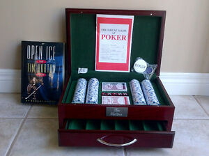 Christmas Gift: TIM HORTON Poker Chip Set and BOOK.