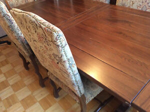 Real Wood Dining Room Set West Island Greater Montréal image 7