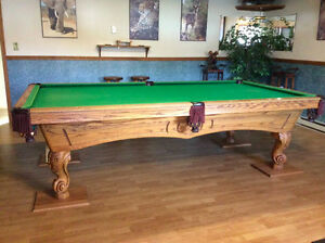Olhausen 4.5 x 9 Solid Oak Pool Table