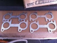 Set of Ford Mustang 4.6L header gaskets