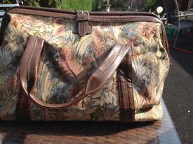Brown tapestry Gladstone bag
