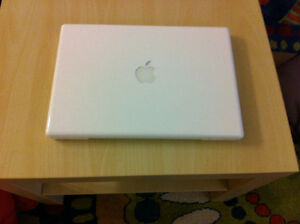 "Apple MacBook  A1181 13.3"" Laptop"