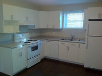 Modern 2 bedrooms Apartment duplex / Must See! Available Nov 1st