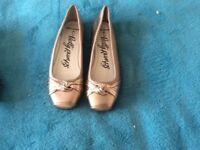 Ladies shoes bnwt size 3
