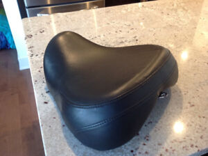 Harley Sportster solo seat