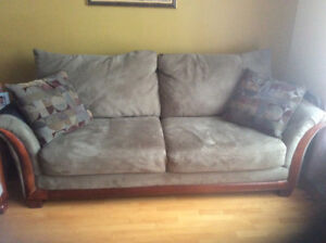 Sofas: 3-4 seater, 2 seater, and 2 decorative pillows