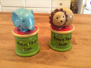 Fisher Price - Baby's First Tooth & Curl Keepsake Boxes