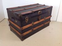FLAT TOP STEAMER COFFEE TABLE TRUNK