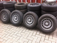 Mag mercedes W123 14po 5x112 pneus 205-70-14 tres bonne conditi