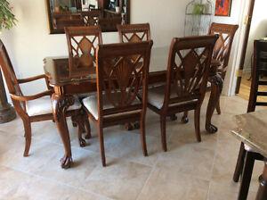Table et chaise salle à manger