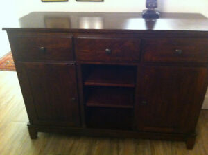 $700 - dining hutch - like new - chocolate, solid wood