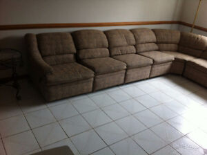 8 pieces sectional couch Windsor Region Ontario image 3