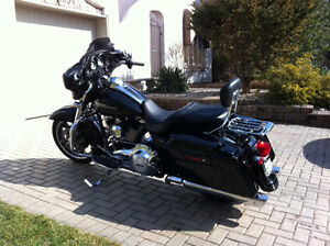 2012 Harley Street Glide FLHX only 10,000 kms