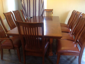 Diningroom table and 10 Chairs Cambridge Kitchener Area image 3