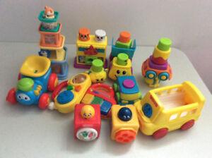 jouets divers,livres,casse tête,jeux éducatifs...
