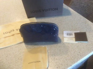 * PRICE REDUCED * Gorgeous Vernis Louis Vuitton make up bag