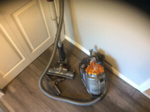 Dyson canister - DC 21