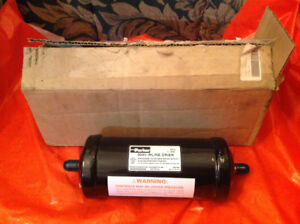 Parker 304V Liquid Line Filter Drier new in a box - never used