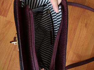 Beautiful burgundy purse Windsor Region Ontario image 2