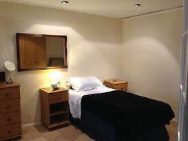 Rooms in Ickenham