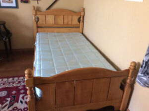 2 SINGLE ANTIQUE SOLID MAPLE BEDS