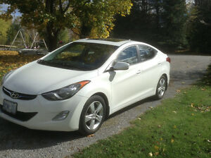 2013 Hyundai Elantra GLS Sedan Peterborough Peterborough Area image 1