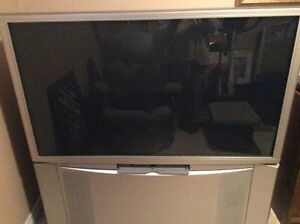 Hitachi projection T.V  High Definition