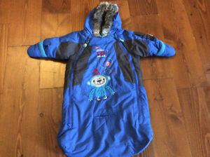Gagou tagou 0-12 months winter suit - never used