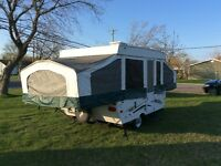 Tente roulotte à vendre/tent trailer on sale