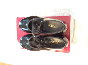 Size 10.5 tap shoes