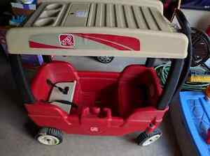 Step 2 wagon for two with canopy
