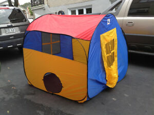 Play hut tent house