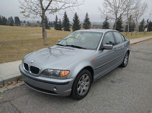 2005 BMW 3-Series 325 xi All-Wheel-Drive Low kms! Sedan
