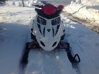 2008 Artic Cat F1000 LXR snowmobile