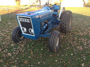 FORD 3600 ORCHARD TRACTOR London Ontario image 1