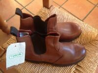 NEW MENS TAN LEATHER BOOTS SIZE UK 9