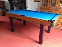 Pool/snooker table with accessories