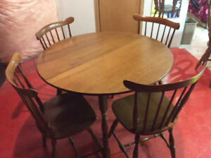 High Quality Solid Maple Vilas Dining Table And Five Chairs 95