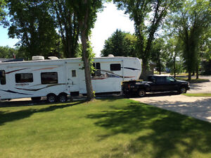 Bighorn 5th Wheel & GMC Diesel Dually to be sold as a unit