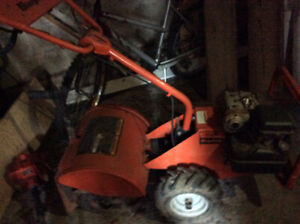 Simplicity Rear Tine Tiller (Barely used)