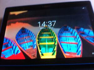 tab lenovo 10.1'' 16gb + etuit android 6 (tres rare)