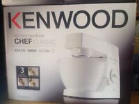 BRAND NEW Kenwood KM330 Mixer