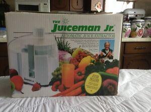 Juice man Jr.  - Automatic Juice Extractor
