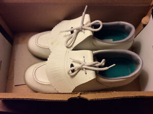 Ladies Canada Sport Golf Shoes - Size 9