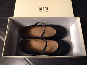 Girls Size 1.5 Bloch Merry Jane Tap Shoes